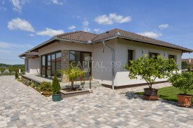 Family House - 3707