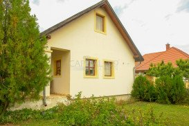 Family House - 3741