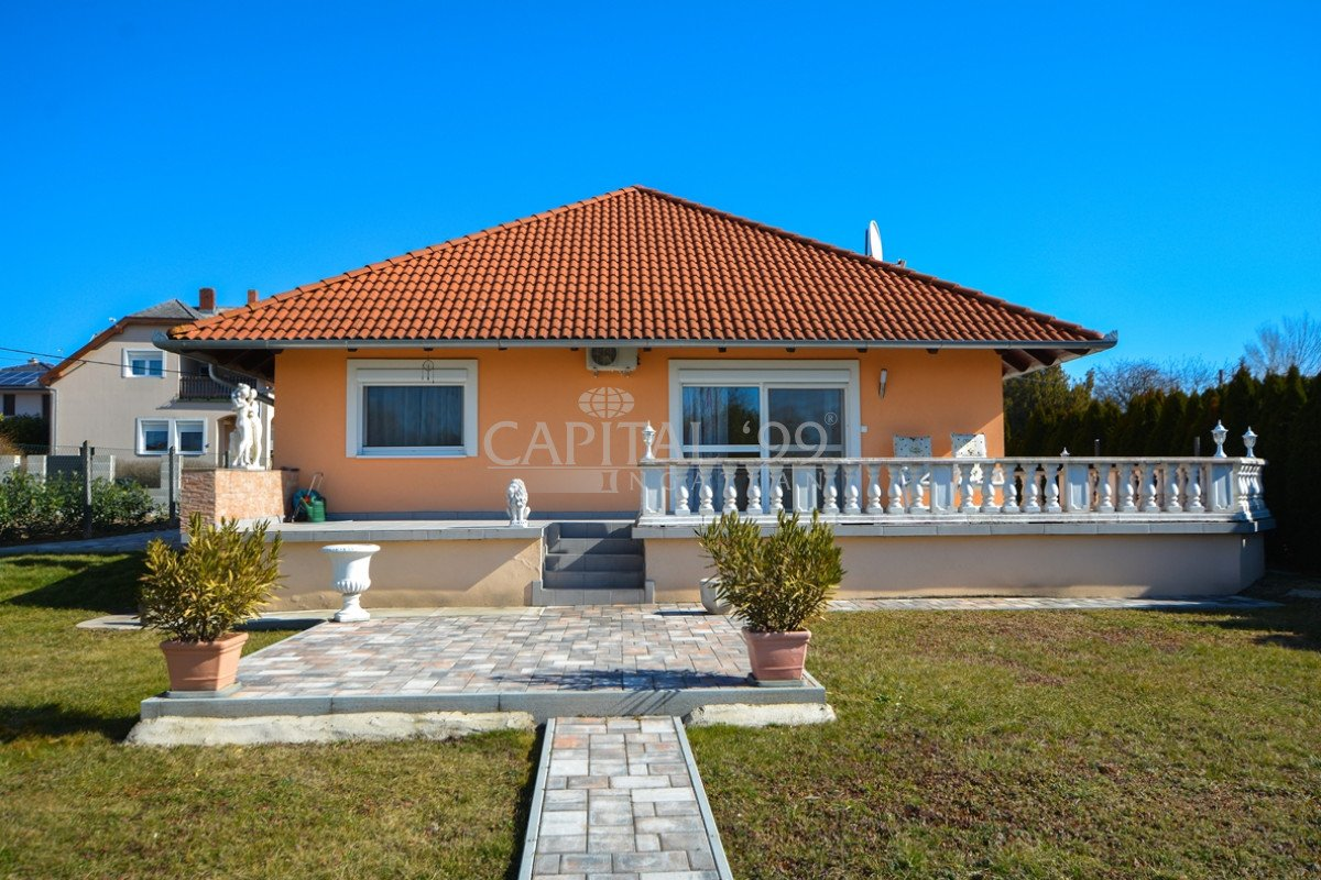Family House - 3822